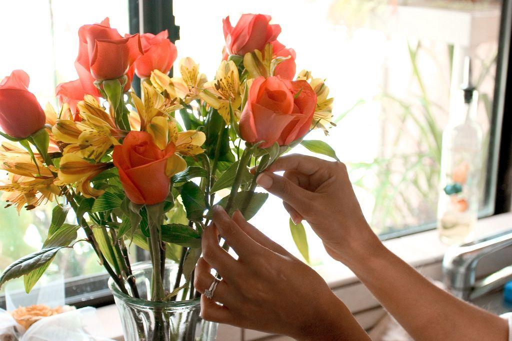 Как оживить увядшие цветы